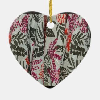 Leaf Flowers Fabric Dress pattern template diy fun Ceramic Heart Decoration