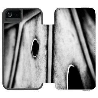 leaf is home incipio watson™ iPhone 5 wallet case