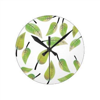 leafs fresh design clock