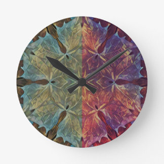 Leafy Gal Round Clock