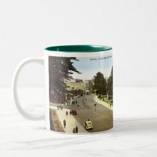 Leamington Spa Souvenir Mug