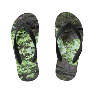 Leaves on the Run Kid's Thongs