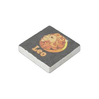 Leo illustration stone magnet