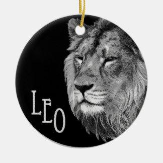 Leo the lion round ceramic decoration