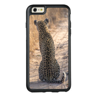 Leopard sitting in road, Africa OtterBox iPhone 6/6s Plus Case