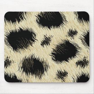 Leopard spots fur mouse pad