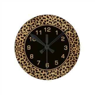 Leopard Spots Pattern Round Clock