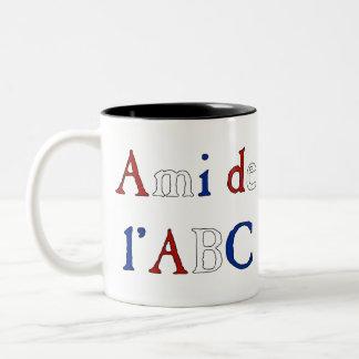 Les Misérables Love: Ami de l'ABC Mug Tricolor