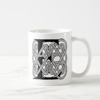 Letter E Vintage Celtic Knot Monogram Mug