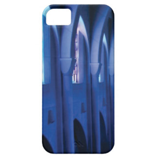 light enters dark church case for the iPhone 5