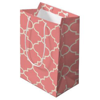Light Pink Moroccan Quatrefoil Pattern Gift Bag