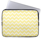 Light Yellow and White Zigzags. Laptop Sleeve