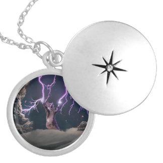 Lightning cat--kitty-pet-feline-pet cat -kittens silver plated necklace