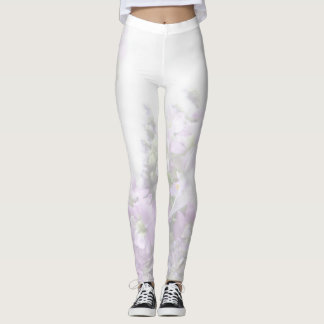 Lilac-colored flowers fade leggings