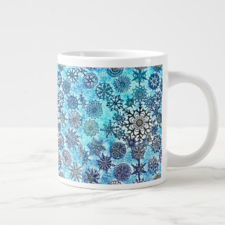 Lillian's Baby Blue Snowflakes Cup