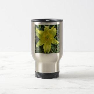 Lily Shady Lemon Yellow Mug