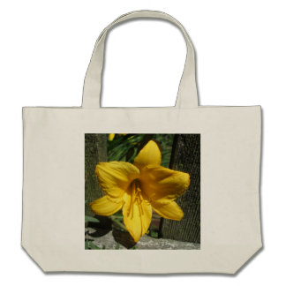 Lily Yellow Weathered Fence Bags