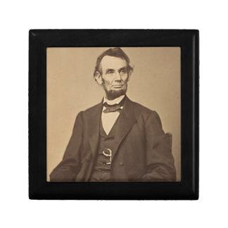 Lincoln Gift Box
