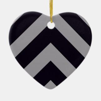 Lines Ceramic Heart Decoration