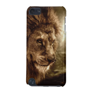Lion against stormy sky iPod touch 5G cover