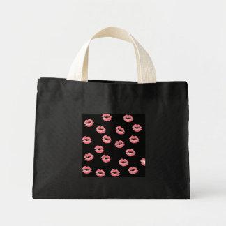 Lipstick spread bag