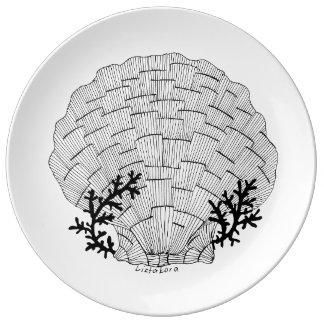 Listakora Seashell Porcelain Plate - Large