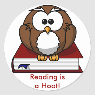 Literacy Awareness: Reading is a Hoot Classic Round Sticker