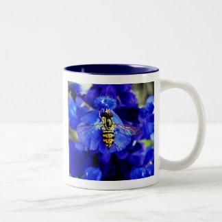 Little Bee Two-Tone Mug