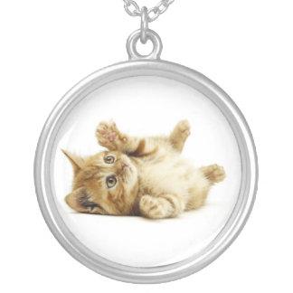 LITTLE CAT ROUND PENDANT NECKLACE