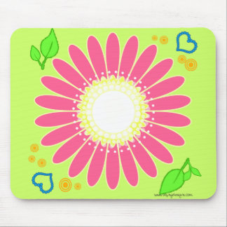 LITTLE PINK DAISY MOUSE PAD