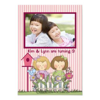 Little Twin Gardeners - Photo Birthday Party  Invi 13 Cm X 18 Cm Invitation Card