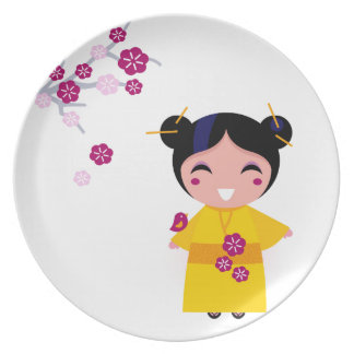 Little yellow Geisha on white Plate