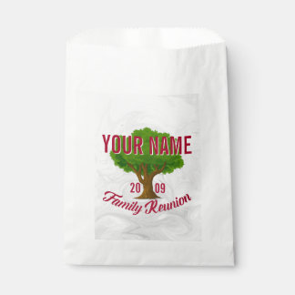 Lively Tree Personalised Family Reunion Favour Bags