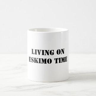 LIVINGON ESKIMO TIME COFFEE MUG