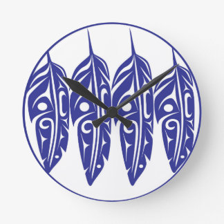 LNeel-Four-Feathers-Purple-White Round Clock