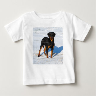 lobo8 months baby T-Shirt