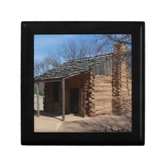Log Cabin Small Square Gift Box