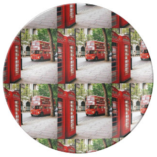 LONDON BUS AND PHONE BOOTH PORCELAIN PLATES