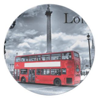 LONDON BUS in Black & White (St.K) Party Plates