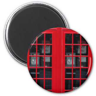 LONDON PHONE BOOTH 6 CM ROUND MAGNET