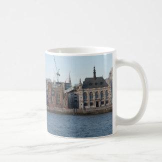London River Thames beautiful picture mug