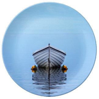 Lone Boat Plate