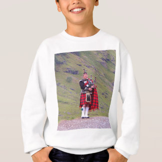 Lone Scottish bagpiper, Highlands, Scotland Sweatshirt