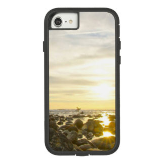 Lone Surfer Case-Mate Tough Extreme iPhone 8/7 Case