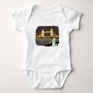 Lonson bridge, cute animals illustration baby bodysuit