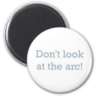 Look / Arc! 6 Cm Round Magnet