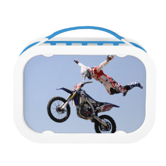 Look mom no hands lunch box