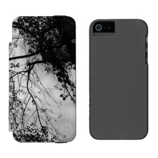Look  Up - Black and White Incipio Watson™ iPhone 5 Wallet Case