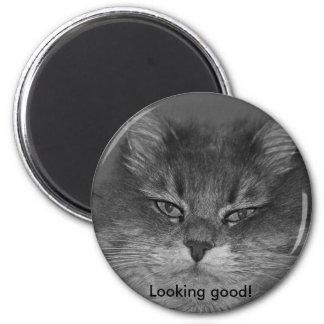Looking good! 6 cm round magnet