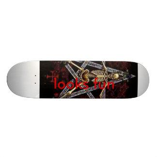 looks fun 19.7 cm skateboard deck